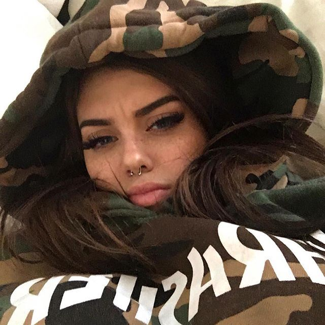 WEBSTA @ sahar.luna - when you've slept 4 hours in 3 days and you start hallucinating