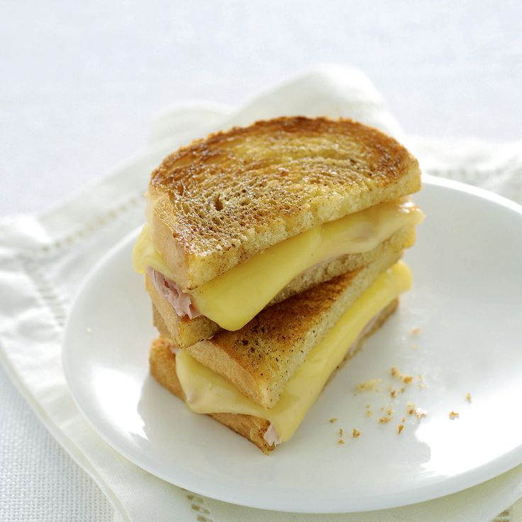 Toast con cotto e fontina