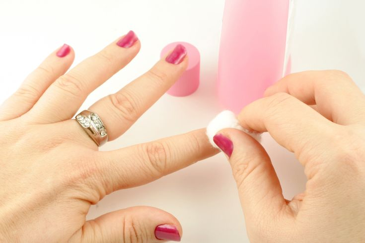 Finally, how to get rid of gel polish without ruining your nails.