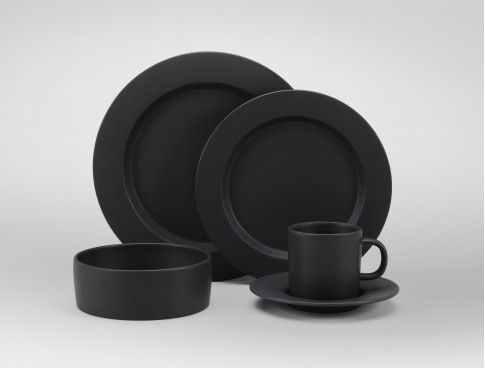 Tabletop Trends: Is Black the New White?