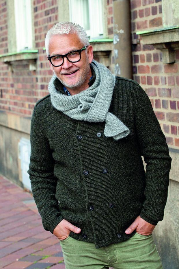 Strikkopskrift: Skønt halstørklæde til farfar