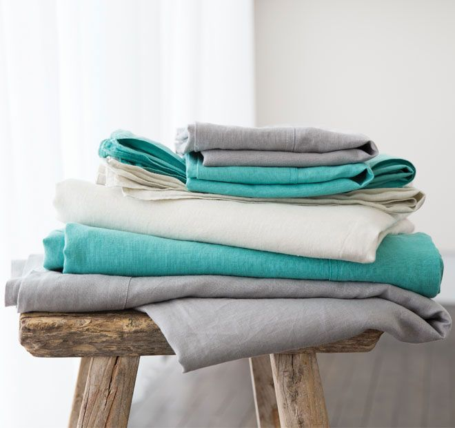 Linen Cotton KAS ROOM  Luxurious and soft, this linen and cotton blend sheet set will have you on cloud 9. The three core colours compliment all the bed linen in the Kas Room range.  Features: Linen and cotton - #sheets