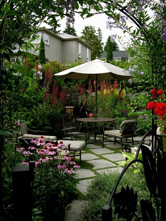 68 best images about courtyard garden ideas on pinterest gardens garden office and small - Small garden space ideas property ...