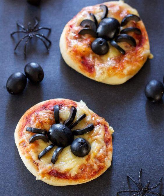 25 recettes originales pour Halloween à faire avec ses enfants   Idée repas halloween, Repas ...