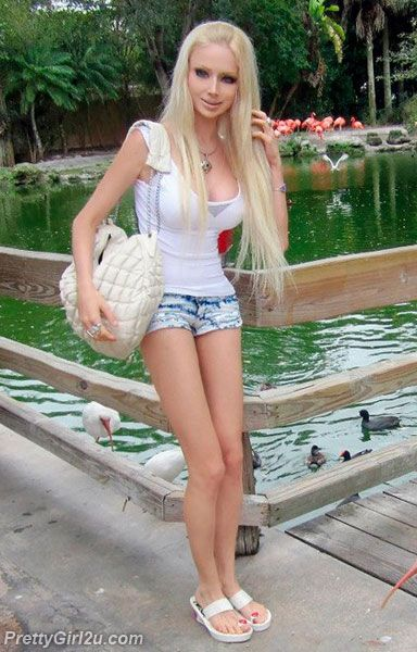 I Love Valeria Wallpapers : Valeria Lukyanova Thong Babe of the Month: Valeria ...