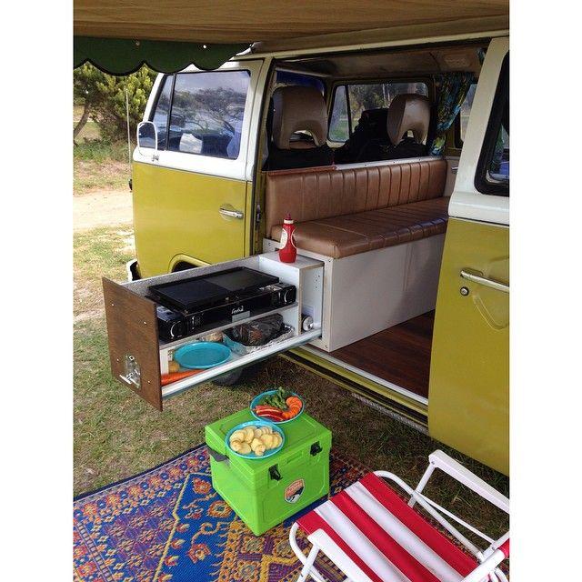 late bay campervan - cooking unit