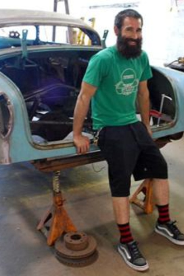 Aaron Kaufman of Gas Monkey... if loving his beard is wrong, I don't want to be right.