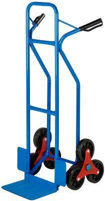 Trappkärra, trehjulig Trappkärra, trehjulig Kraftig, trehjulig trappkärra i 25 mm stålrörskonstruktion, lämplig för smidiga transporter under kortare sträckor. Blålackerad, med svarta handtag och hjul i solid PU-plast (150 mm). Lastyta (botten): 308 x 208 mm. Mått: 488 x 570 x 1180 mm. Vikt: 11 kg. Max. last: 150 kg.  549 SEK at Biltema