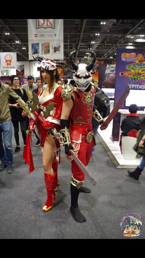 League of Legends Blood Moon Shen and Akali Cosplay By Beau Peep