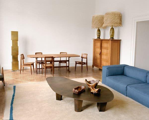 The 18th Century Paris Apartment That Elegantly Blends Past And Future The New York Times Paris Apartments Design Interior Design Inspiration