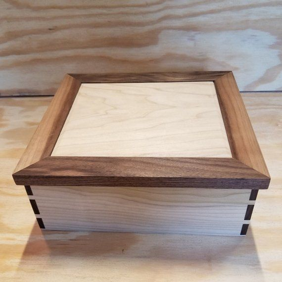 Walnut And Poplar Keepsake Box Beautiful Dovetails And A Hinged Lid Keepsake Boxes Woodworking Bench Plans Dovetail Box