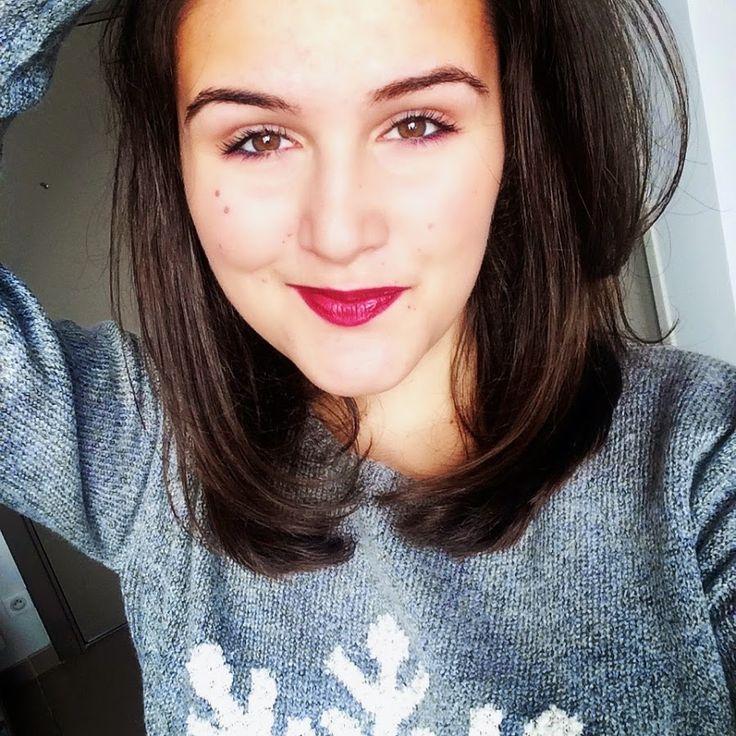 Elle c'est ma Youtubeuse préférée, c'est JeNeSuisPasJolie ♥ C'est la meilleure ♥ Je t'adore ♥ Love