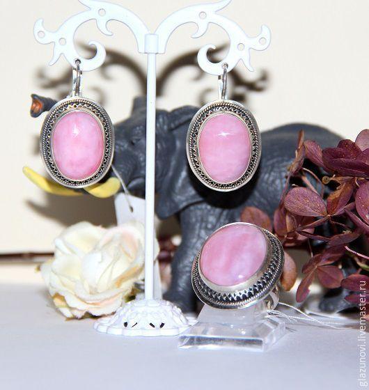 Купить Серебряный комплект (925) с розовым опалом - розовый, комплект, кольцо, серьги, опал, камень