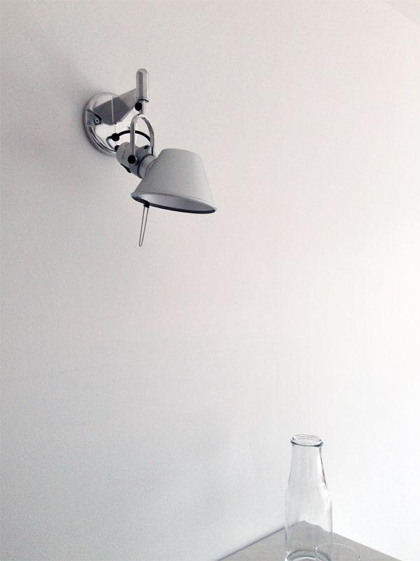 MASINFINITO CASA - Tolomeo Wall Lamp http://masinfinitocasa.com/products/luminarias/tolomeo-wall-lamp