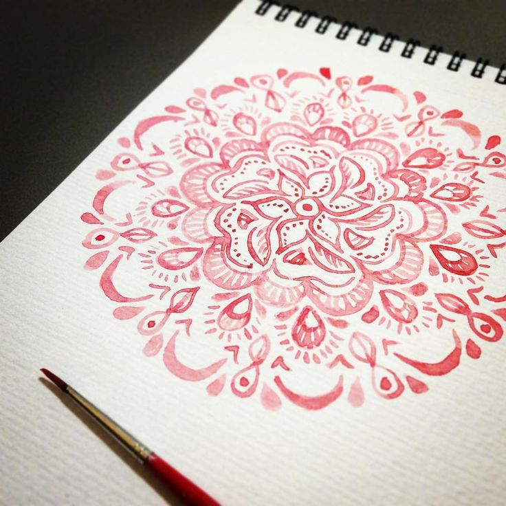 Painting mandalas for an exciting new project #peacelove #mandala #watercolourpainting #pattern @rebeccafeinerdesign