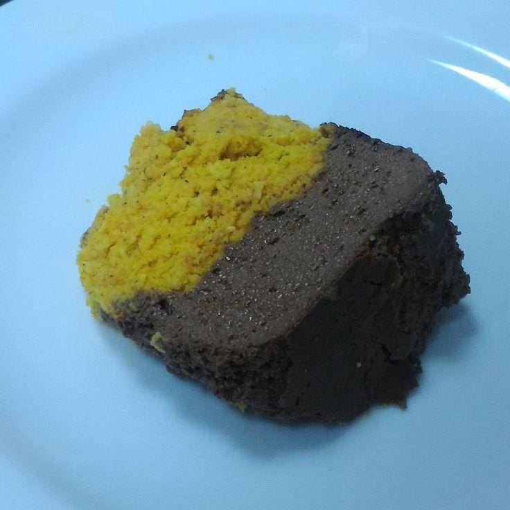 Bolo de cenoura com coco e cobertura de brigadeirão ~ Paleodiário