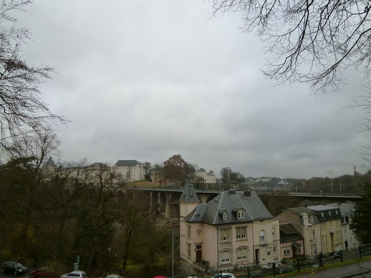 Luxembourg Central, Luxembourg, Novembre