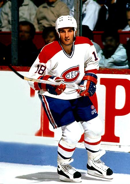 Denis Savard Chicago Blackhawks, Montreal Canadiens, Tampa Bay Lightning 1338 pts