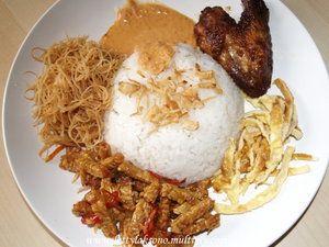 Resep Nasi uduk betawi dan sambal kemiri