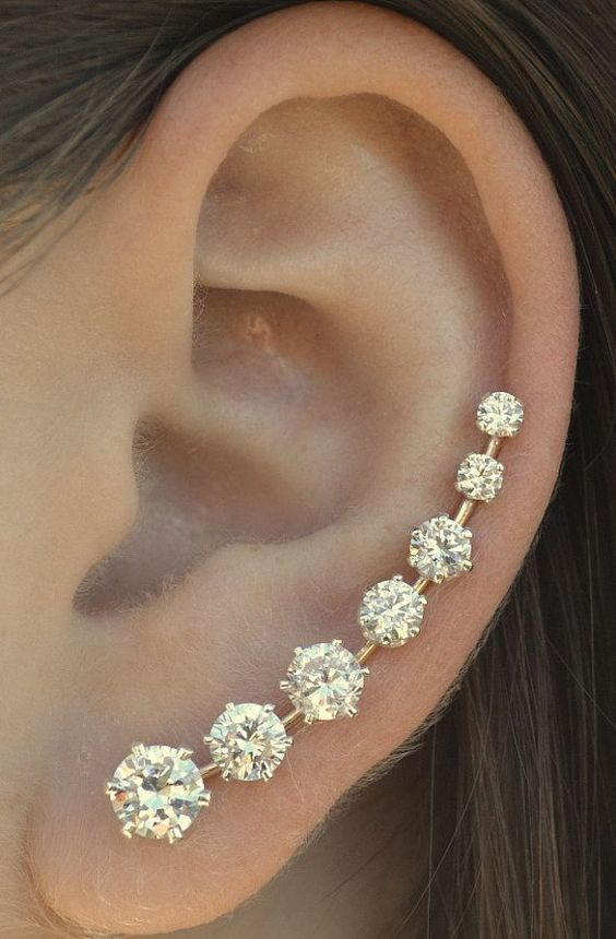 Stunning Bobby Pin Earing For Prom: