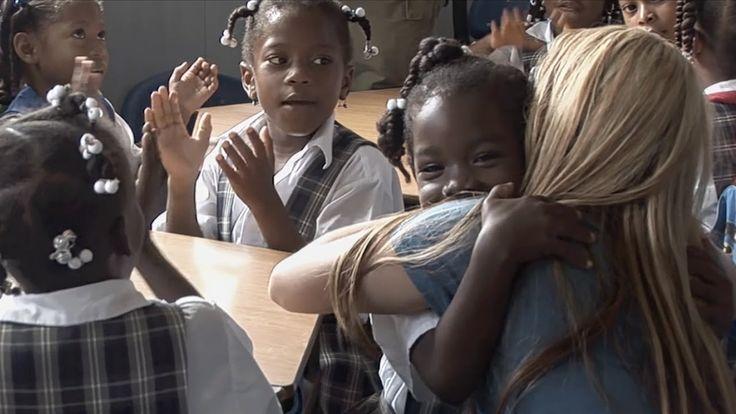 Shakira habla acerca de ... La Fundación Pies Descalzos