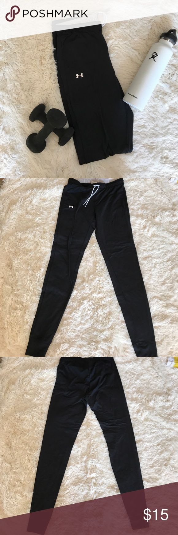 Under Armor Pants Black small under armor pants. They are somewhat like joggers tight from the bottom. Purchased in Japan. Very minor pilling as pictured.Compliments the glutes very well. 🛑Sorry No trades Under Armour Pants Track Pants & Joggers