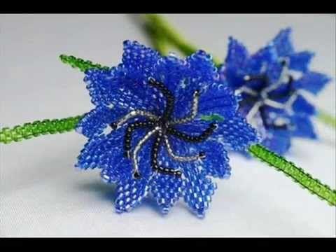 Красивые васильки из бисера. Cornflowers