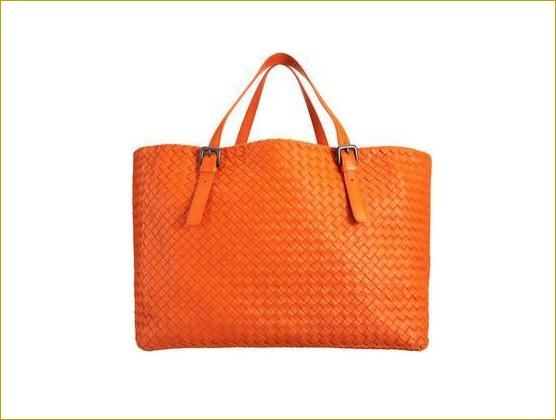 Gorgeous Orange Bag. #WardrobeEssential