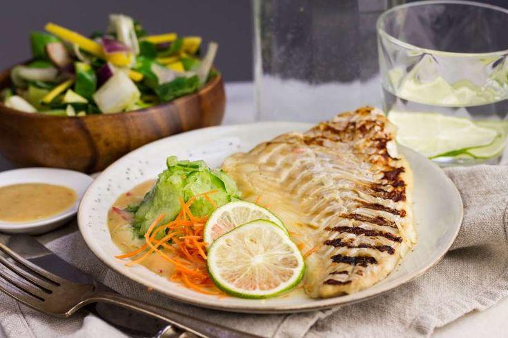 Japans gemarineerde kabeljauw met wokgroenten & komkommer