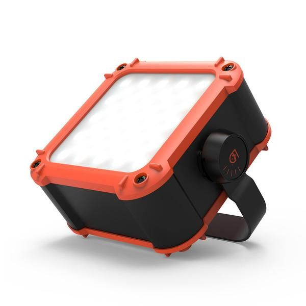Description Details Specs When you need more power, look to the FLUX Light & Power Station. This beast is loaded with 82 LEDs, a 20,800 mAh power pack, and