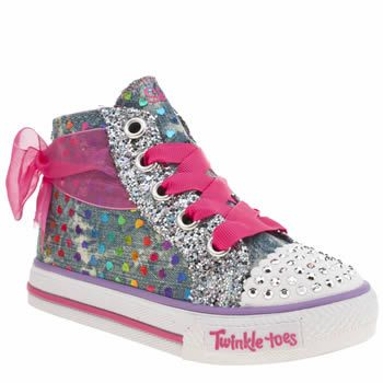 Skechers Multi Shuffle Pixie Bunch Girls Toddler Little girls love all things that light-up and shimmer with glitter, whats not to love about the Skechers Shuffles Pixie Bunch as it arrives for kids. This cute hi-top features a denim fabric upper, a http://www.MightGet.com/january-2017-13/skechers-multi-shuffle-pixie-bunch-girls-toddler.asp