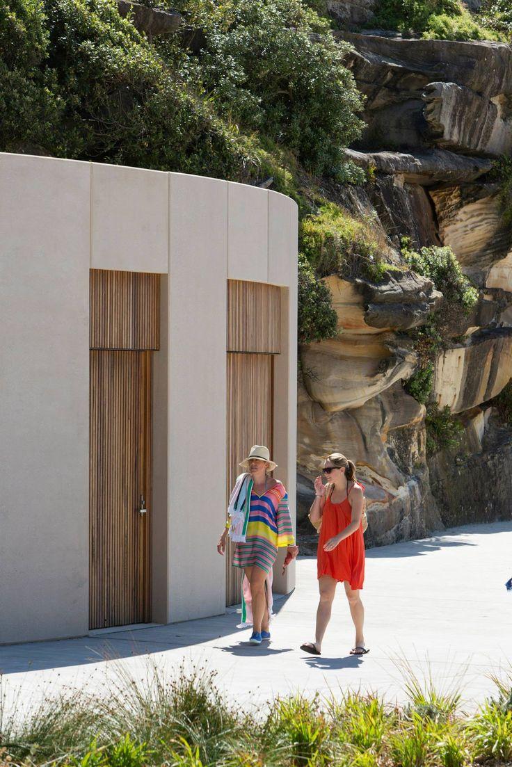 Tamarama Kiosk and Beach Amenities by Lahz Nimmo Architects / Urban Design - Architecture Award / Photography: Brett Boardman