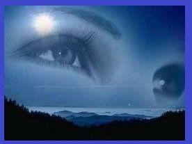 """Occhi nei sogni   Sognare degli occhi sia astratti dal corpo e presenti in un viso può assumere un significato diverso. Vedremo l'interpretazione del sogno """"sognare occhi"""" ed il"""