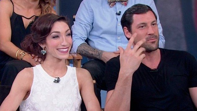 maks and meryl in a relationship