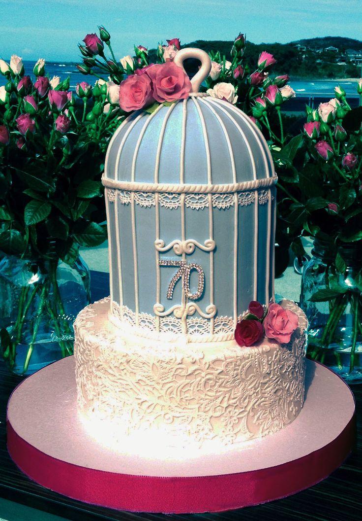 Vintage Birdcage Cake Like us at www.facebook.com/melianndesigns