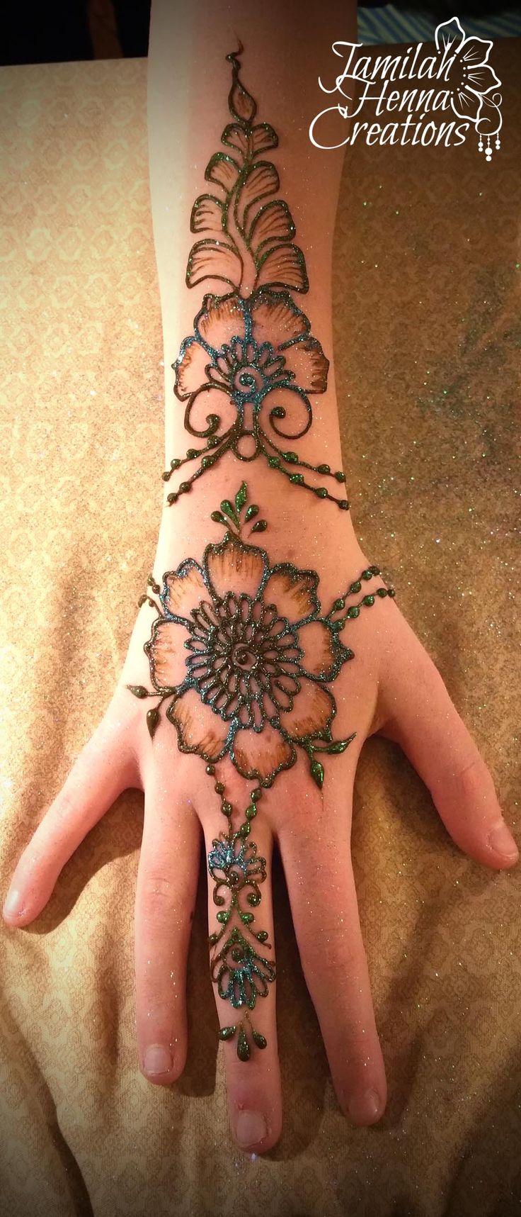 Flower leaf jewelry henna www.jamilahhennacreations.com
