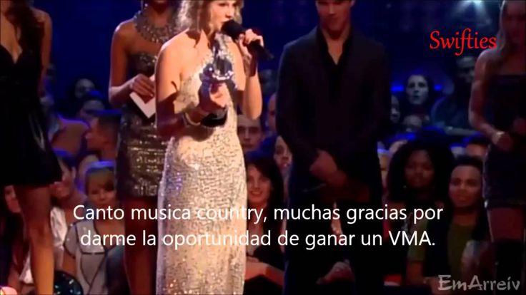 Kanye West interrupts Taylor Swift video award