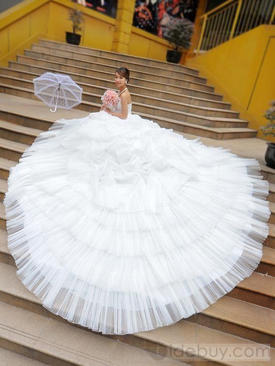 アメージングAラインストラップスクープ大聖堂トレーンウェディングドレス
