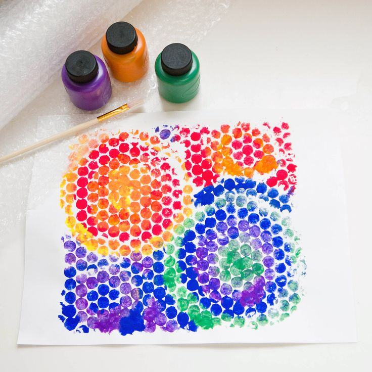 Toddler Art: Bubble Wrap Paint and Print