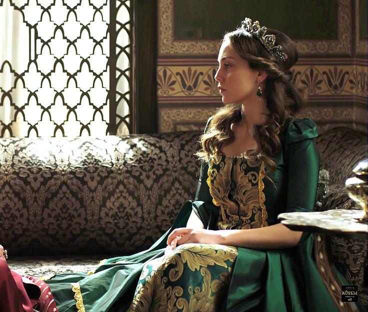 Dilruba's green/yellow dress, 1x22 (previously... - Magnificent Wardrobe