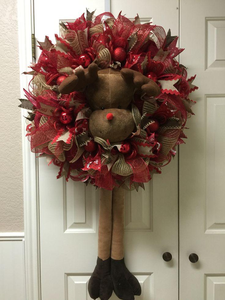 Reindeer wreath by twentycoats wreath creations trendy tree custom designer creations - Trendy deco eetkamer ...