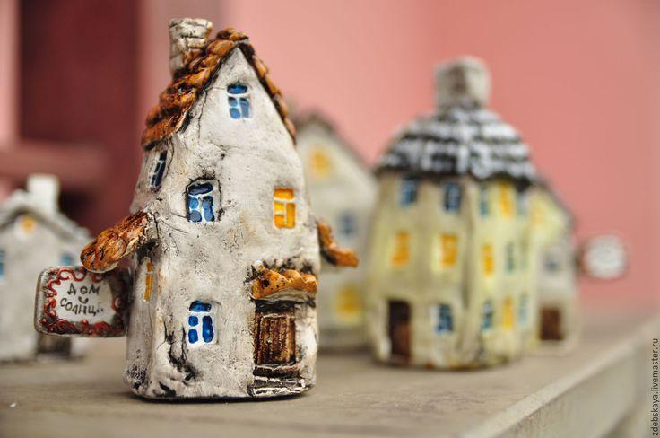Ceramiс home / Купить Дом Солнца - комбинированный, домик, статуэтка, для дома, для интерьера, подарок коллеге, подарок