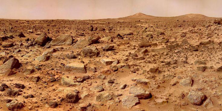 Acqua su Marte, annuncio della Nasa: acqua in forma liquida sul Pianeta Rosso. La scoperta di un giovane dottorando nepalese