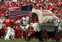 Sooner Schooner. I'd like to see a longhorn fan try to pull this off! Boomer Sooner!