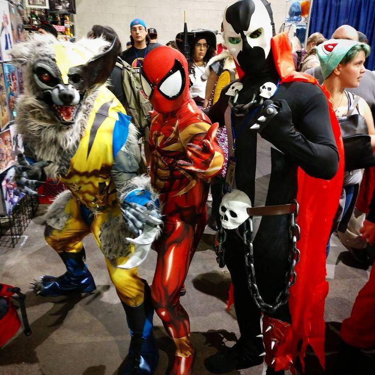 In what universe would this happen? . . : @rottenartist  Pattern: @brandonogilberto  Suit:@zentaizone  Faceshell & lenses: @therpcstudio . . . #cosplay #cosplayers #malecosplay #menofcosplay #cosplayersofinstagram #spiderman #spidermancosplay #spidermanhomecoming #spiderverse #marvel #marvelcosplay #disney #costume #disney #instagood #instacosplay #photooftheday #fitness #aesthetics #zentaizone #comiccon #convention #ricc #ricc17 #rhodeislandcomiccon #photography #wolverine #wolverinecosplay…