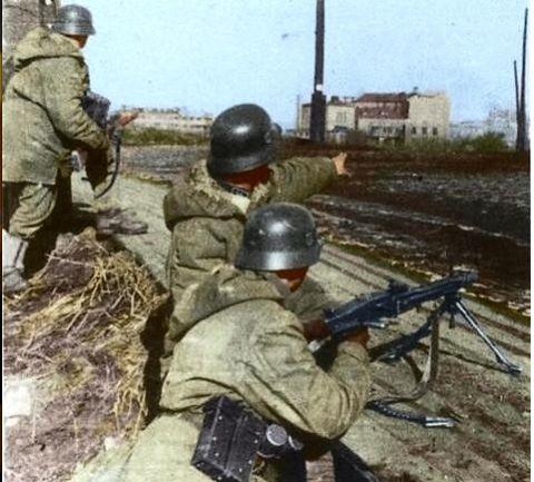 Waffen SS - während der Kämpfe um Charkow 1943