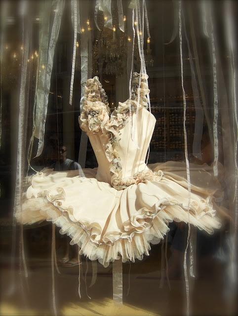 Vintage Ballet Costume 93