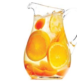 orange sangriaChocolates Trifles, Cocktail Recipes, White Wines, Australian Wine Bottle, Sangria Cocktails, Sodas Water, Cocktails Recipe, Apricot Sangria, Sangria Recipes