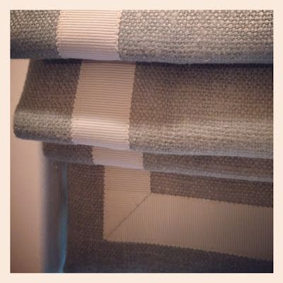 burlap roman shade | Grant K. Gibson: Gray Linens, Romans Blinds, Linen Roman Shades, Ribbons Trim, Window Dresses, Window Treatments, Linens Romans Shades, Grosgrain Ribbons, Burlap Romans Shades