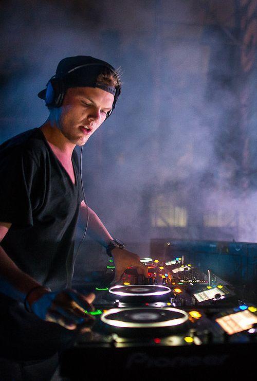 Avicii Logo Wake Me Up 22 best Tim Bergling i...